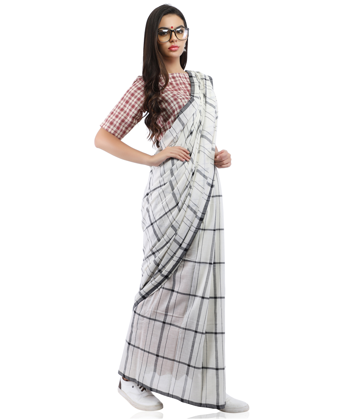 Handloom Pure Cotton Checks Saree in White and Black With Blouse Piece