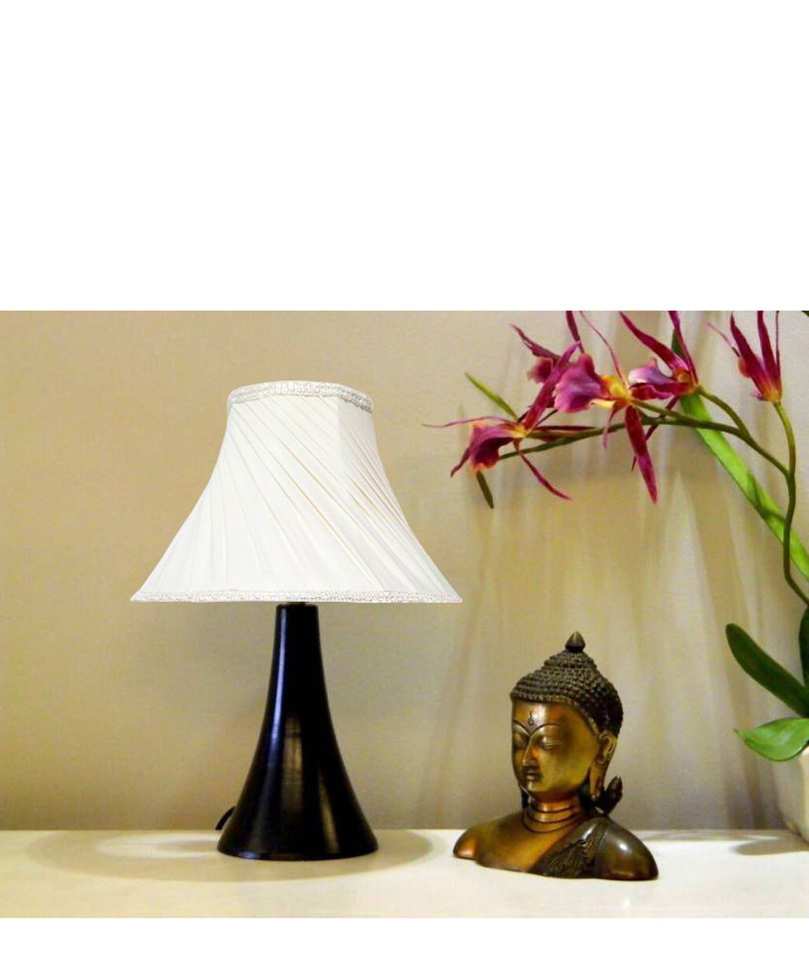 RDC Black Conical Stand Table Lamp with 10 Inches Round Slanting Pleated Cream with Lace Border Lamp Shade