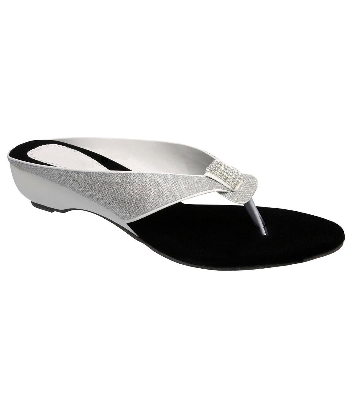 Sindhi Footwear Women`s Silver Rexin Ethnic Sandals